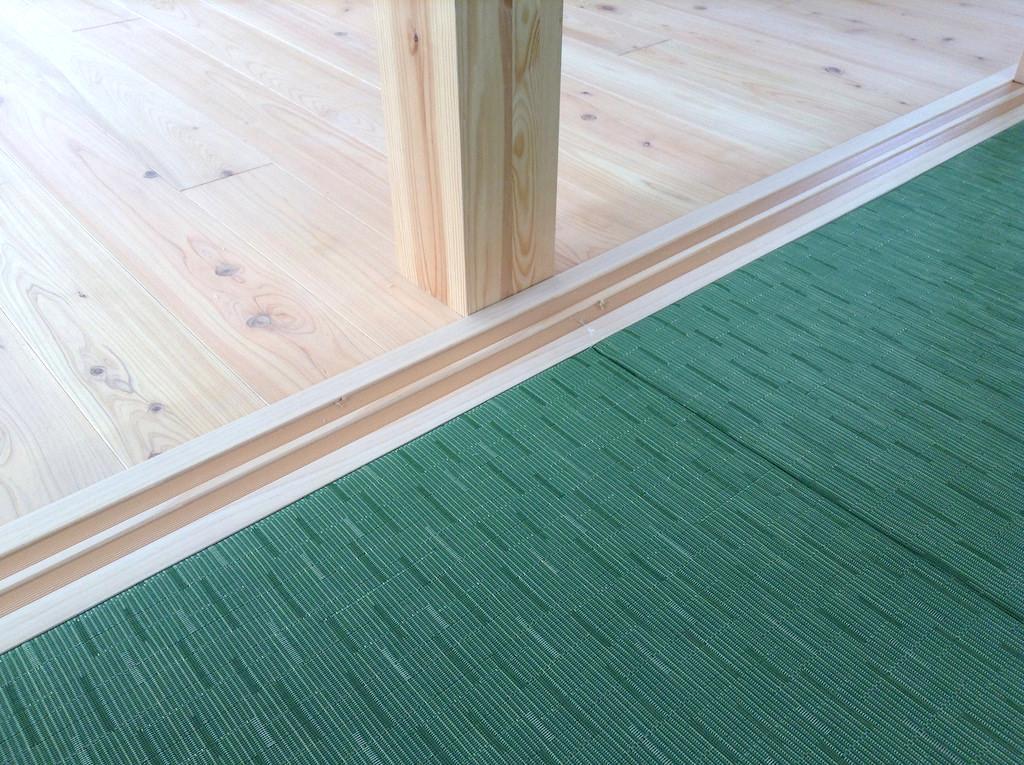モダンなテキスタイルの畳