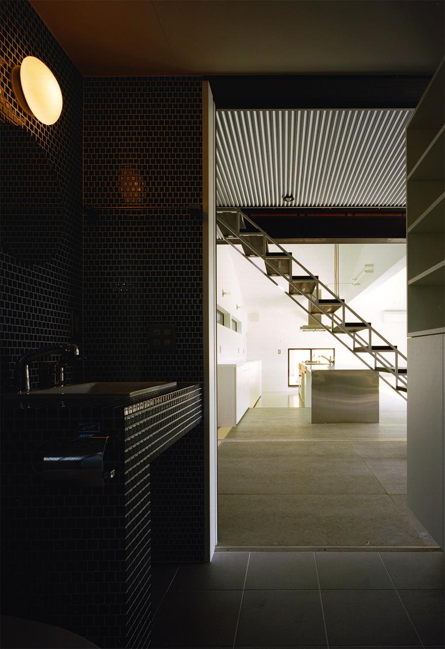 24:洗面から廊下