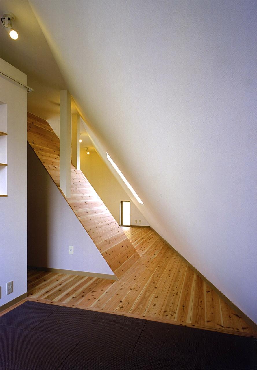 12:3階寝室から子供室へ