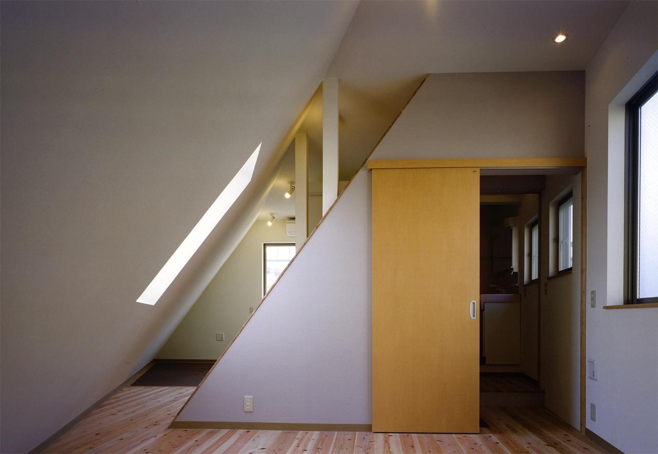 10:3階子供室から寝室へ