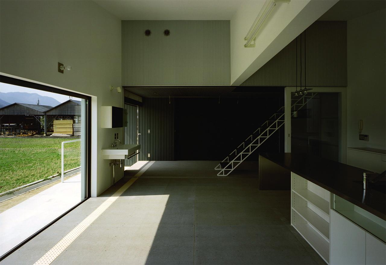 19:リビングから廊下