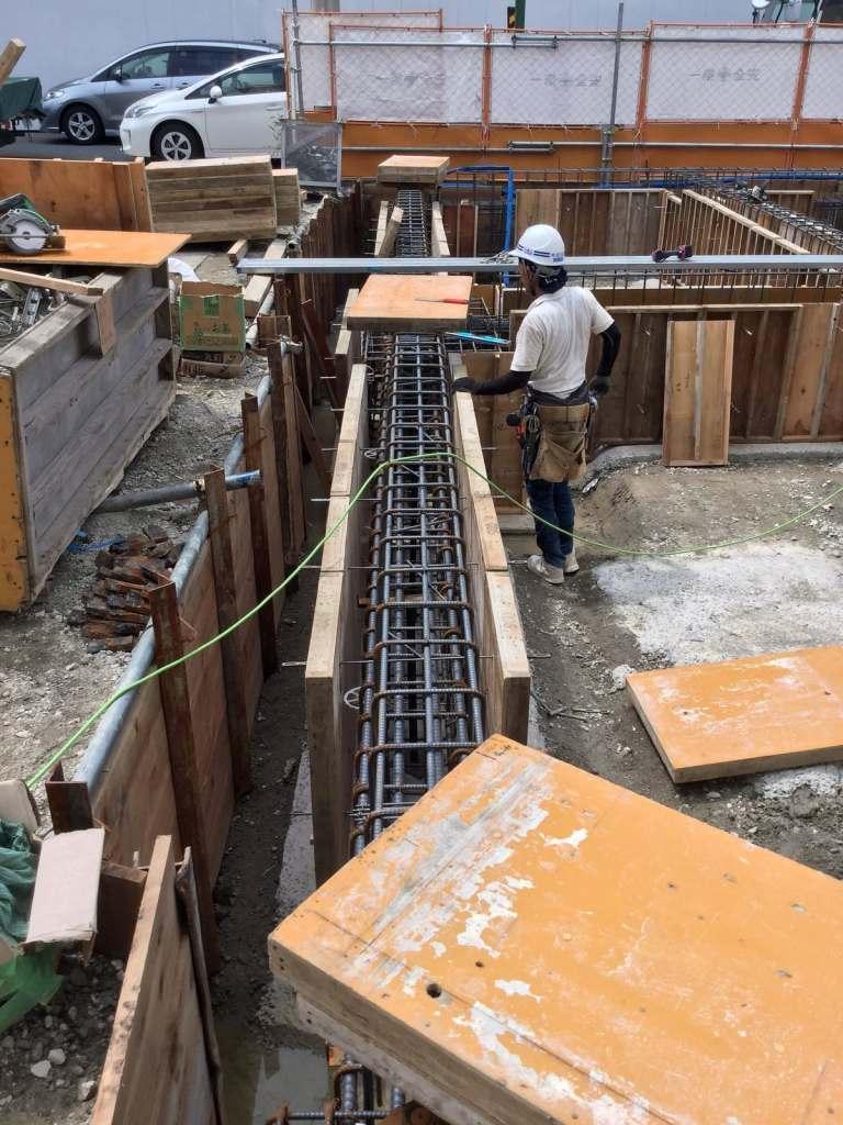 基礎の型枠工事