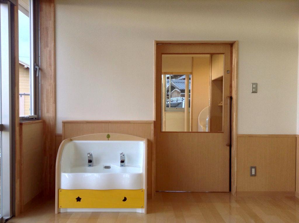こどもトイレの入口
